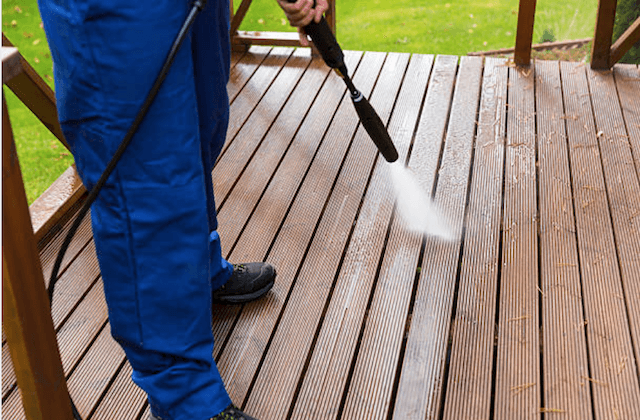 deck cleaning quincy