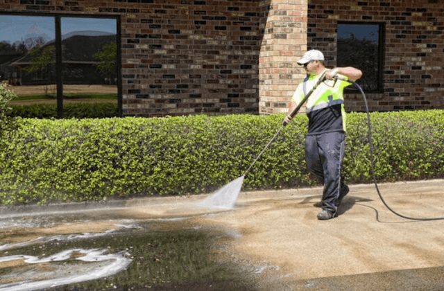 commercial concrete cleaning in quincy